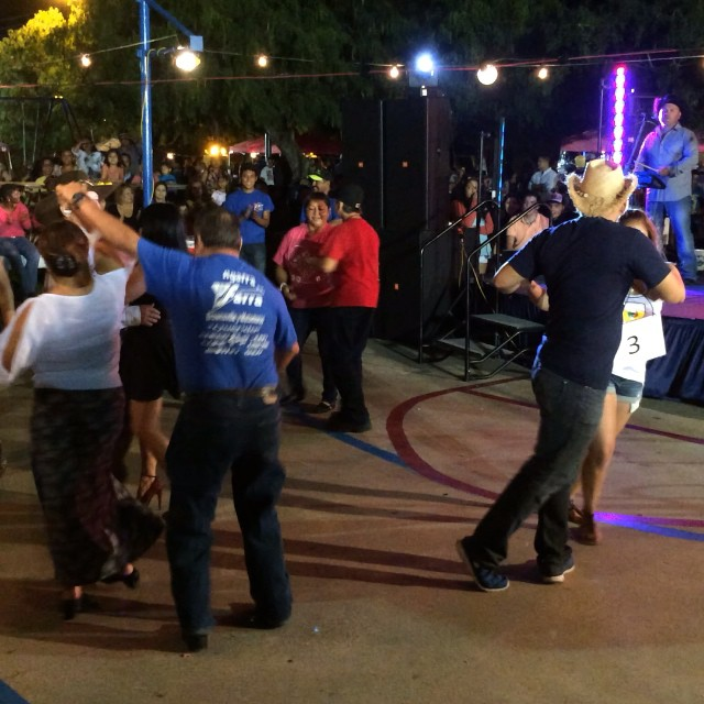 Dance Contest at the #pachingainthepark #portisabel #portisabeltx with La Farra! #texastodo
